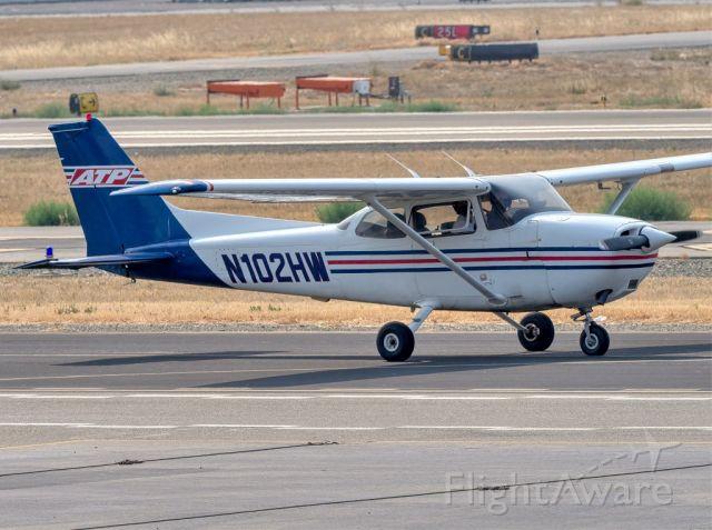 Cessna Skyhawk (N102HW) - Cessna 172 at Livermore Municipal Airport, Livermore CA. August 2020