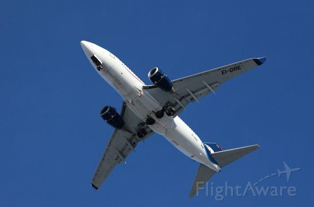 Boeing 737-700 (EI-DRE)
