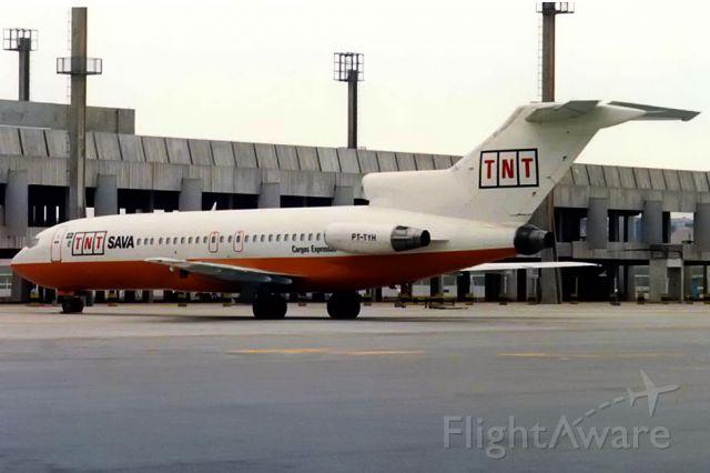 Boeing 727-100 (PT-TYH)