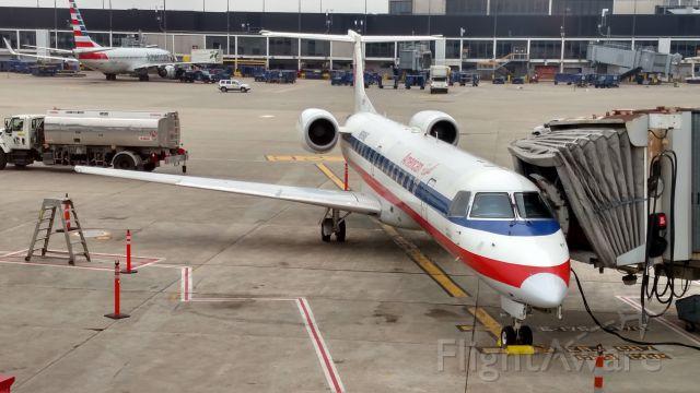 Embraer ERJ-135 (N838AE)