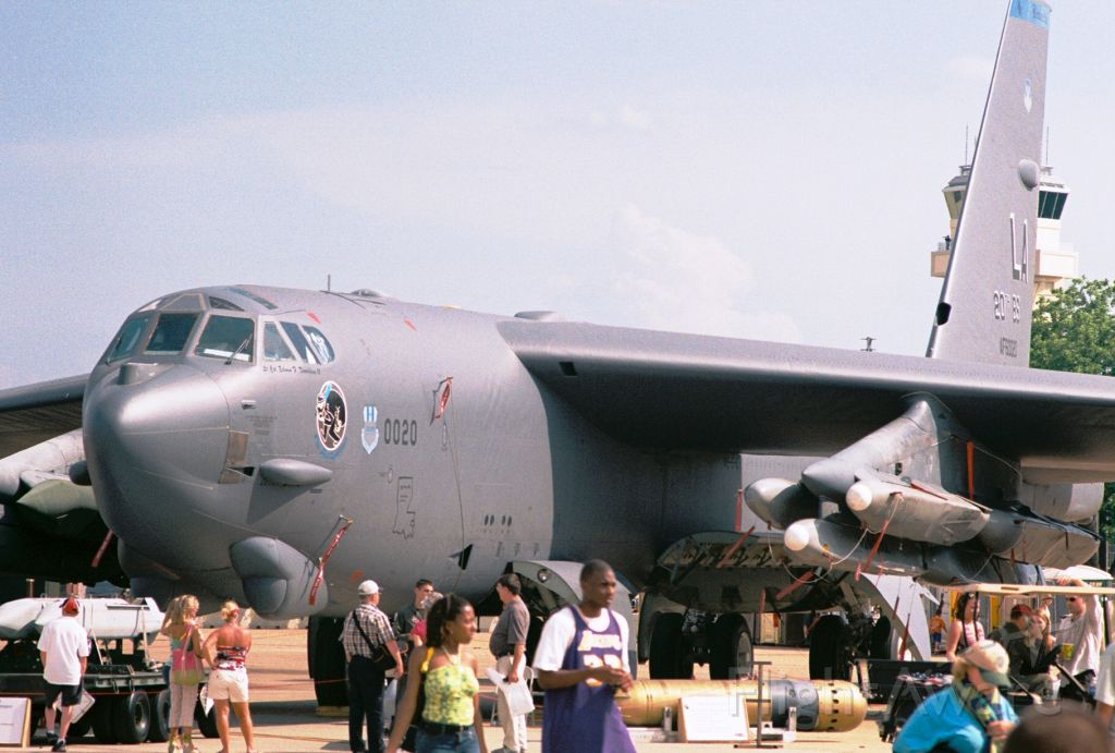 Boeing B-52 Stratofortress (60-0020) - Boeing B-52H, Ser. 60-0020, 20th BS, Barksdale AFB, showing at Barksdale AFB airshow in May 2005.