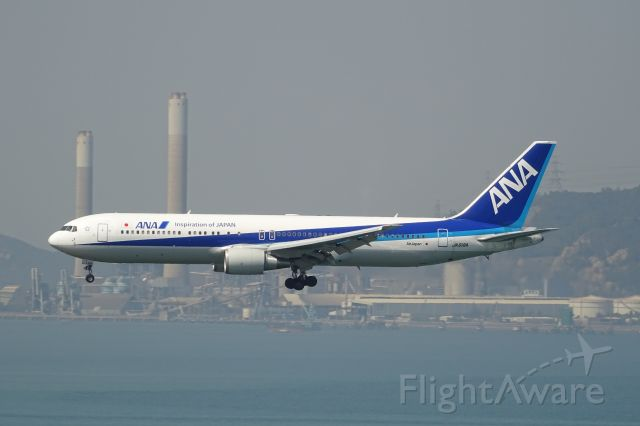 BOEING 767-300 (JA618A)