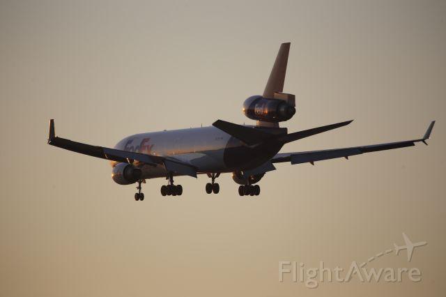 Boeing MD-11 (N573FE)