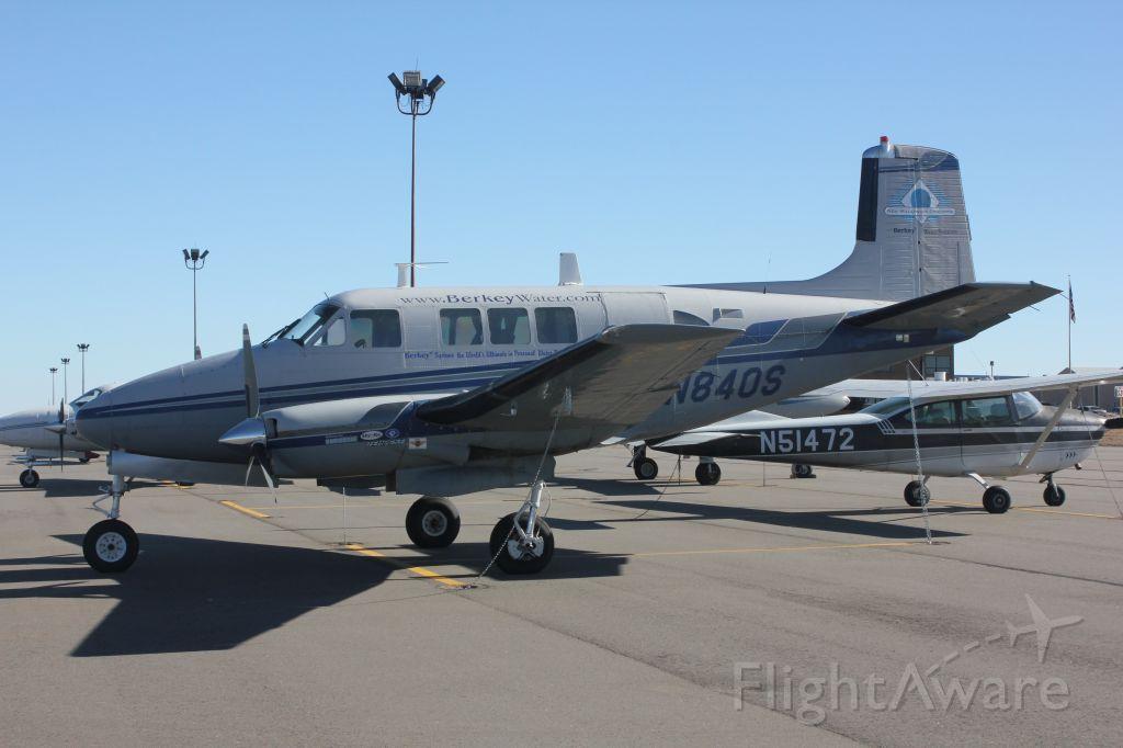 Beechcraft Queen Air (65) (N840S)