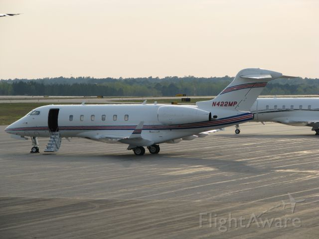 Bombardier Challenger 300 (N422MP) - BOMBARDIER BD-100-1A10