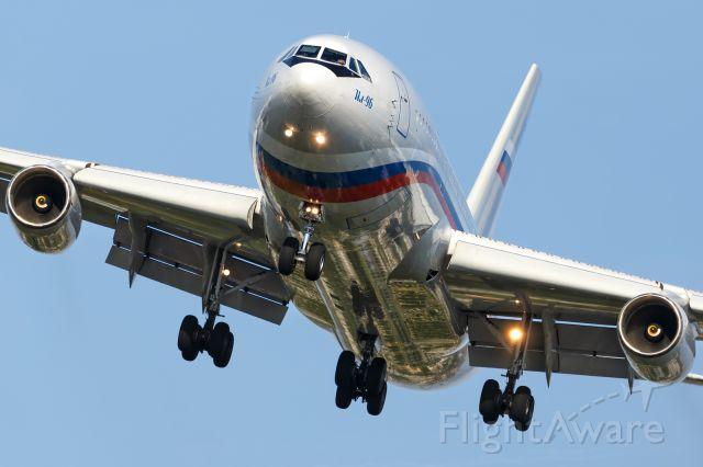 Ilyushin Il-96 (RA-96016)