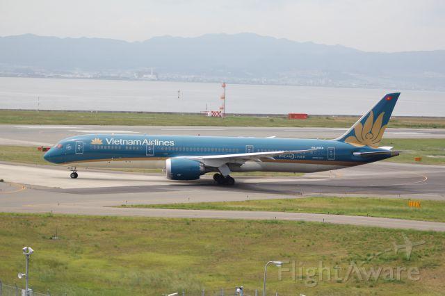 Boeing 787-9 Dreamliner (VNA869)