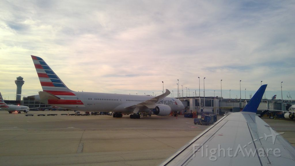 Boeing 787-9 Dreamliner (N828AA) - American airlines 787-900 sitting at the gate at Chicago after coming in from Honolulu