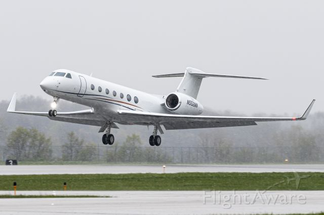 Gulfstream Aerospace Gulfstream V (N552MW) - Rotation shot of the previously posted G-V