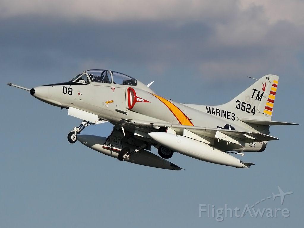 SINGAPORE TA-4 Super Skyhawk (N524CF)
