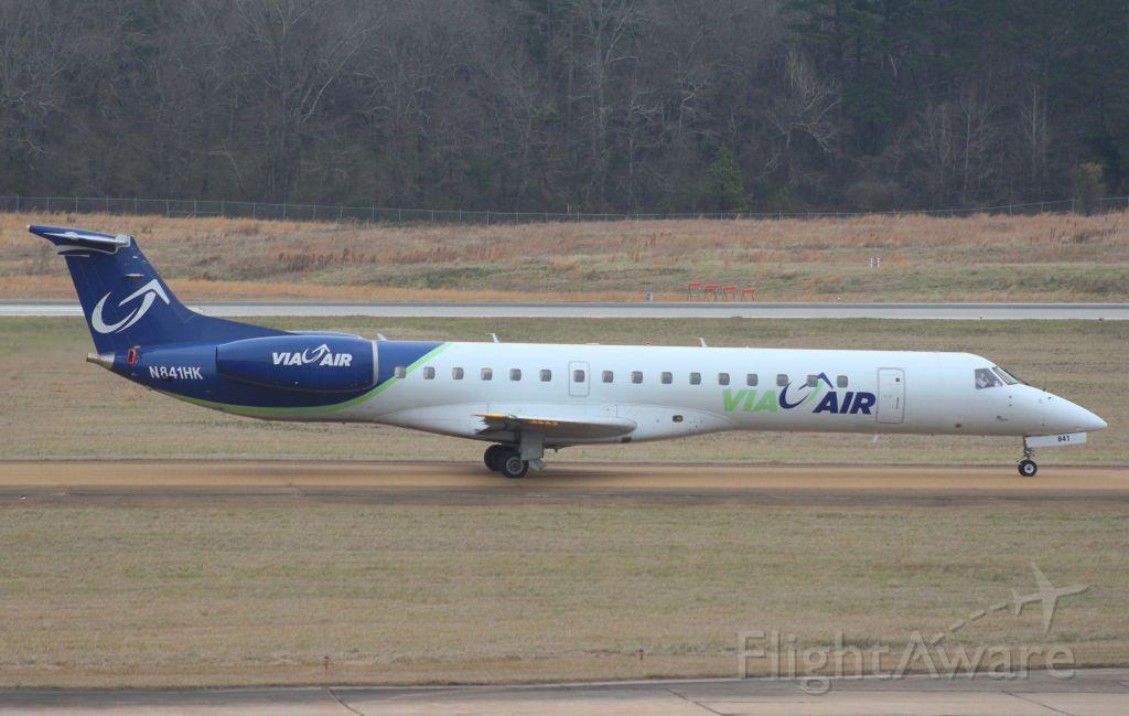 Embraer ERJ-145 (N841HK)