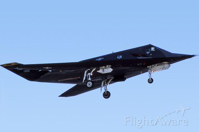 Lockheed Nighthawk (82-0800) - Oct. 1996 - on final for 21L at Nellis AFB.