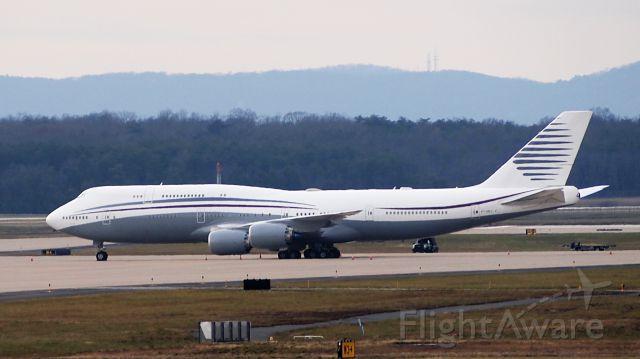 BOEING 747-8 (A7-HBJ)