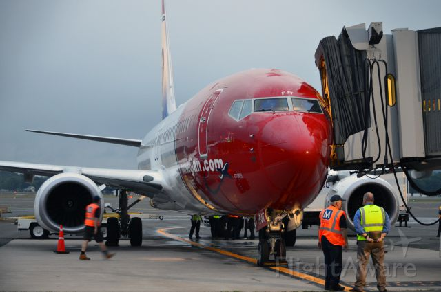 Boeing 737-800 (EI-FJT) - Another airline added to the list at Bradley international - Welcome, Norwegian!