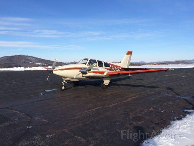 Beechcraft 55 Baron (N349Y)