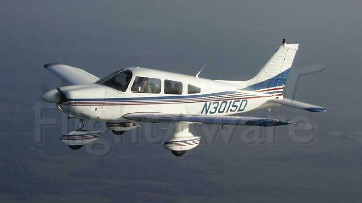 Piper Cherokee (N3015D) - Flywell Flying Club