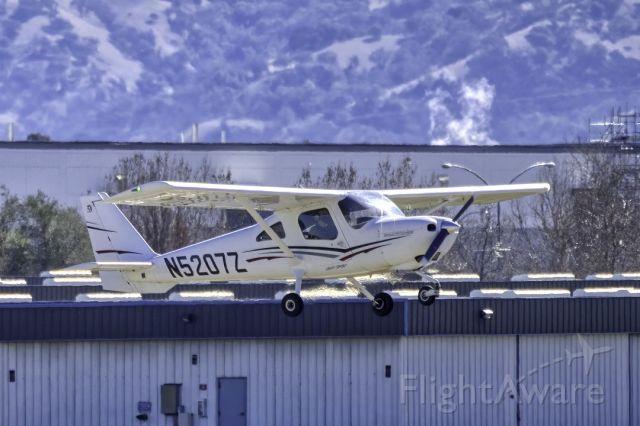Cessna Skycatcher (N5207Z) - Cessna 162 at Livermore Municipal Airport. February 2021.