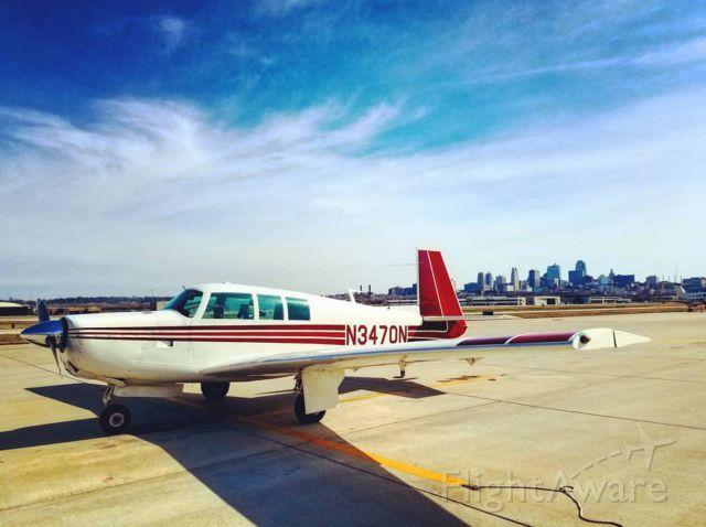 Mooney M-20 (N3470N) - Downtown Kansas City