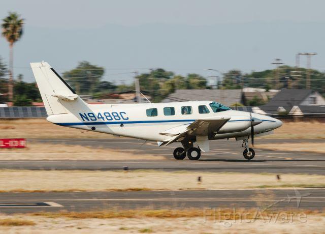 Cessna T303 Crusader (N9488C)