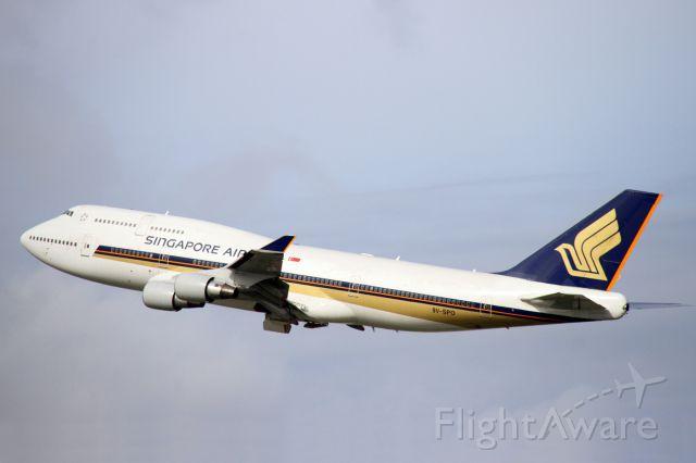 Boeing 747-400 (9V-SPO)