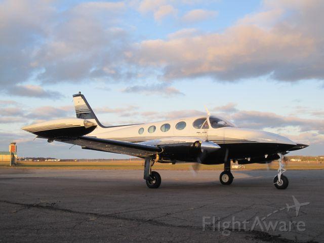 Cessna 340 (C-GMDM)