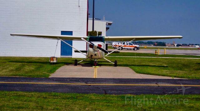 Cessna Skyhawk (C-GQQK) - Head on with a Cessna 172.