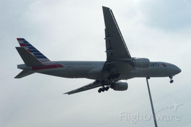 Boeing 777-200 (N758AN) - Triple Seven landing on 24R