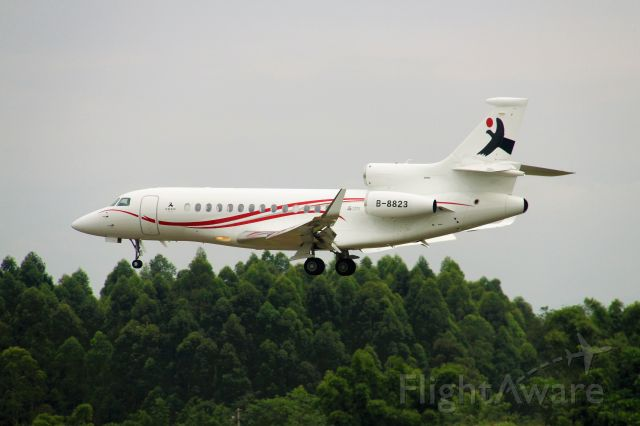 Dassault Falcon 7X (B-8823) - Sino Jets FA7X approaching 02L in ZUUU.br /TIPS:Select full-size and wait for a while for better view.