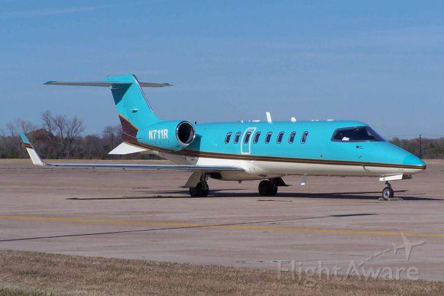 Learjet 45 (N711R)