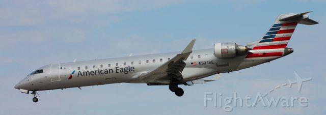 Canadair Regional Jet CRJ-700 (N524AE) - 10/9/15br /ORD to BWIbr /Flight 3258