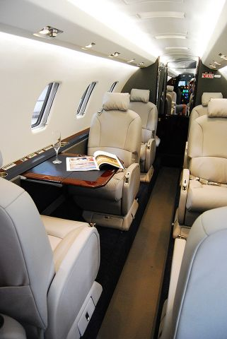Cessna Citation Excel/XLS (N143CG) - New interior and LED lighting courtesy of Duncan Aviation