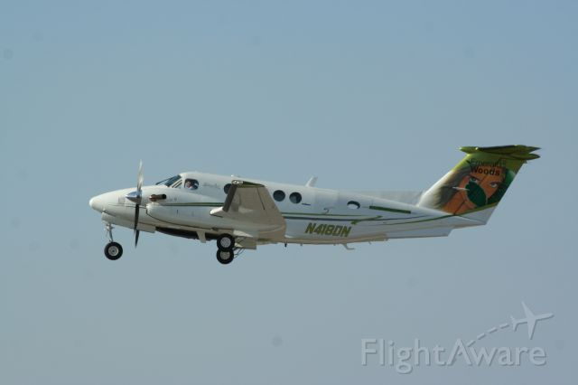 Beechcraft Super King Air 200 (N418DN) - Captain Bob Franicola on departure from Palomar Airport,  Carlsbad, CA