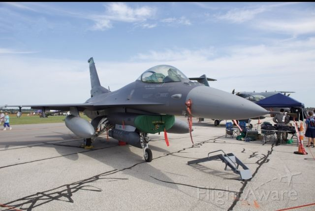 Lockheed F-16 Fighting Falcon — - from the 180th FW at Toledo