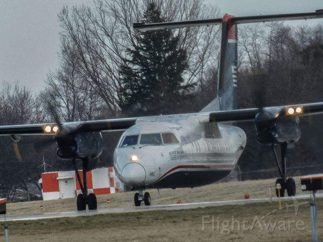 de Havilland Dash 8-100 (N940HA)