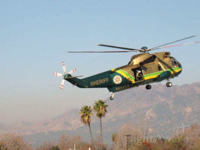 Sikorsky Sea King (N950DF) - Los Angeles County Sheriff