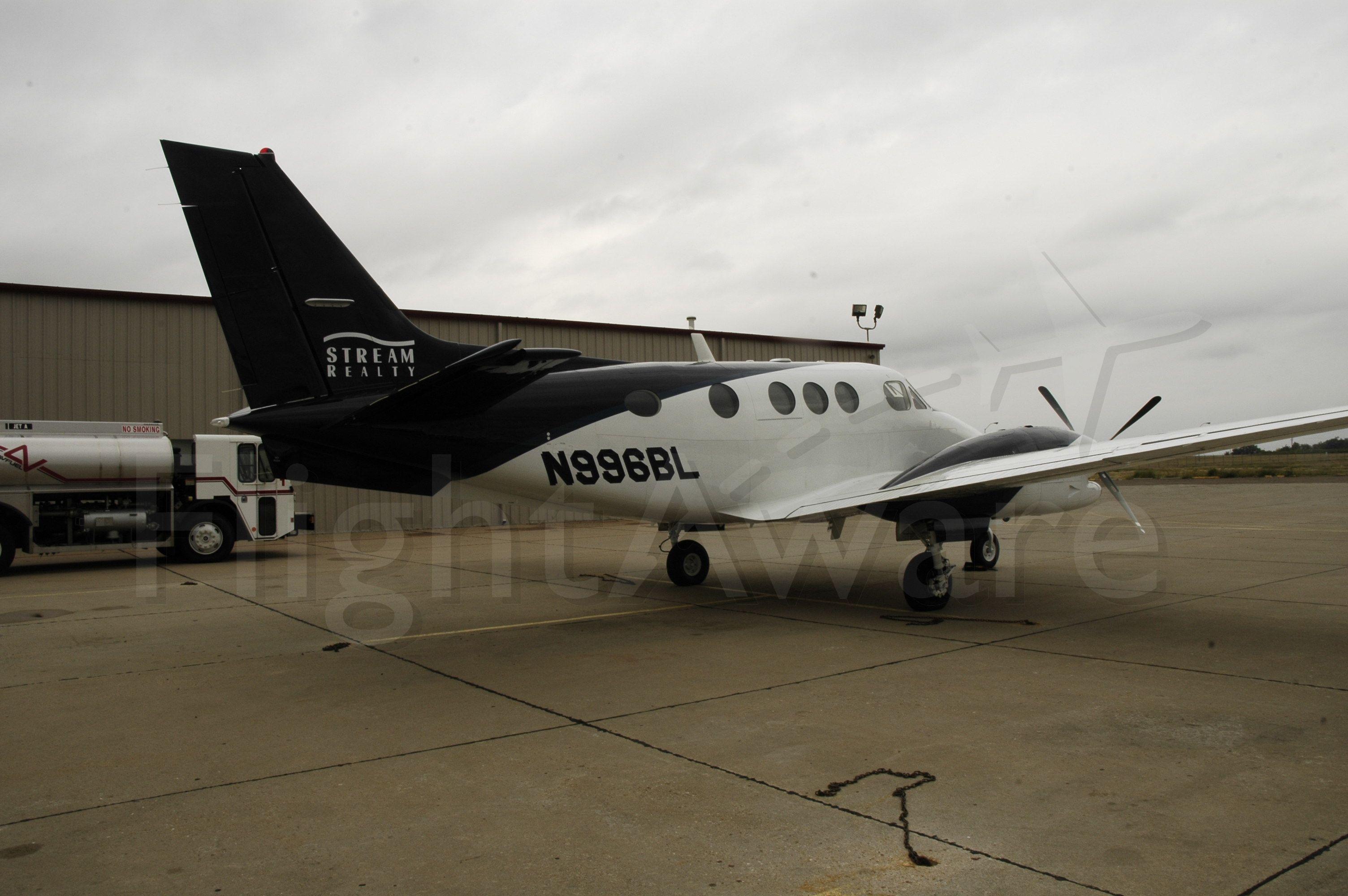 Beechcraft King Air 90 (N996BL)