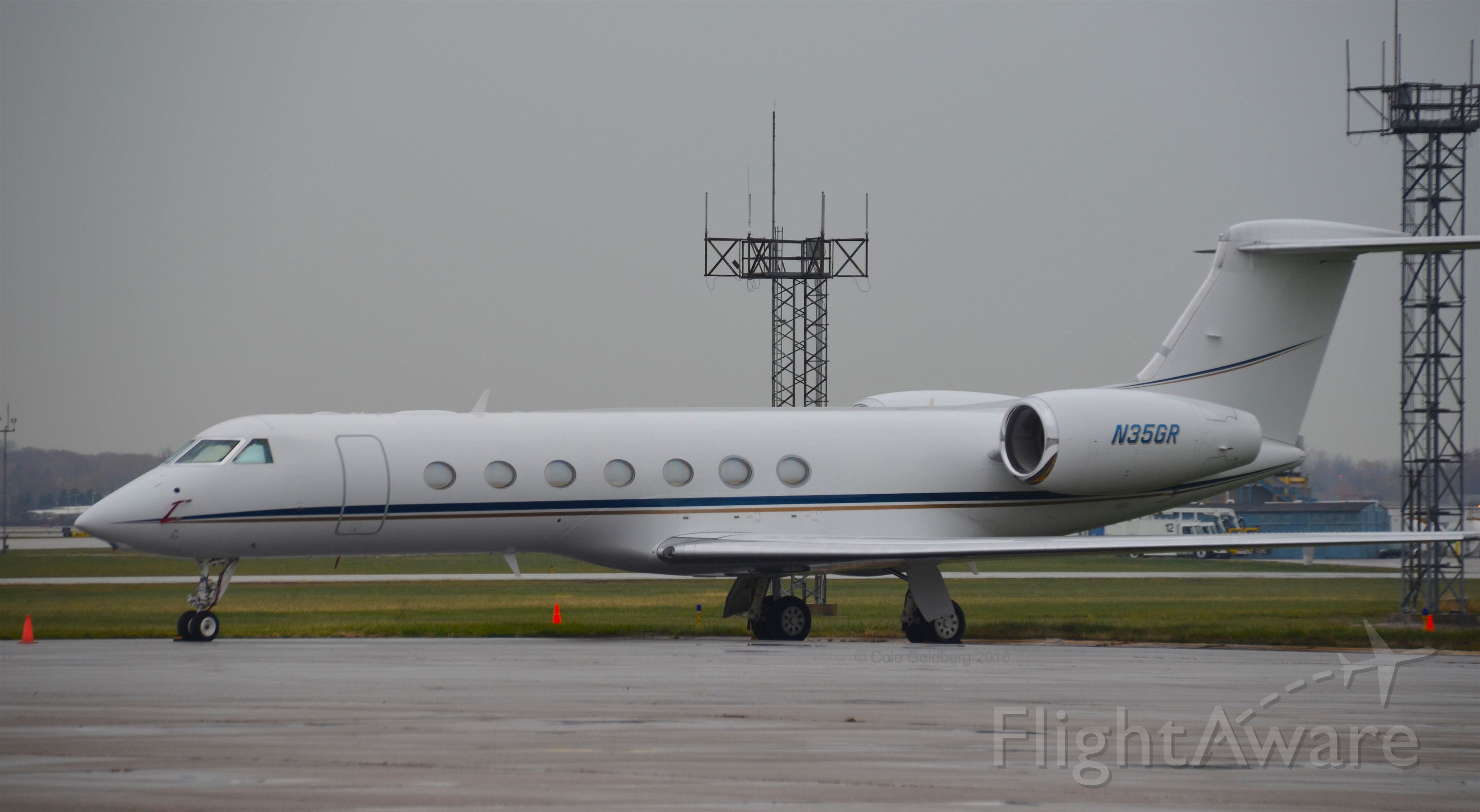 Gulfstream Aerospace Gulfstream V (N35GR) - N35GR seen on the Atlantic Aviation ramp at Cleveland Hopkins International Airport. Please look for more photos on OPShots.net