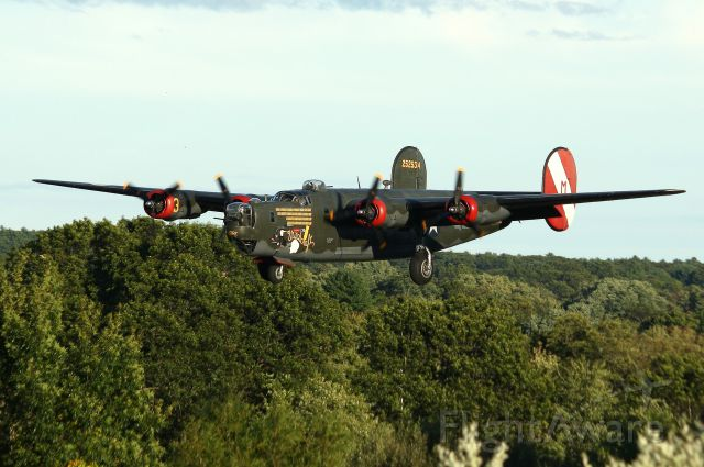 NX224J — - The Collings Foundations B-24J Liberator, Witchcraft, on final to 34. This is the only remaining airworthy B-24J left in the world.