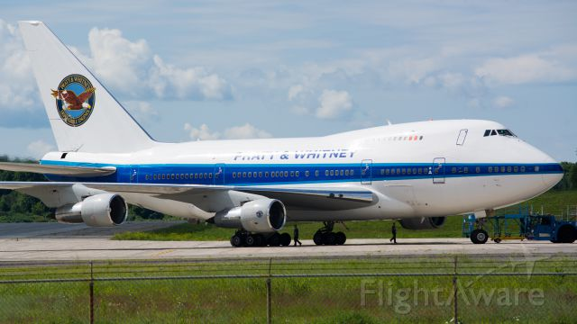 BOEING 747SP (PWC743)