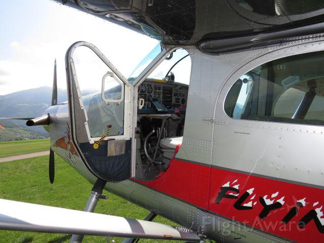 Pilatus PC-6B Turbo-Porter (HB-FLI)