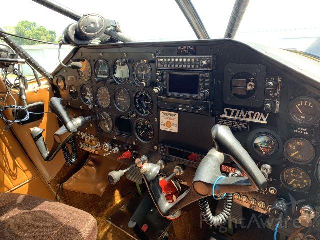 Piper 108 Voyager (N743C) - 1947 108-3 N743C Panel