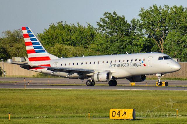 Embraer ERJ 175 (N101HQ) - Republic Airways ERJ-175LR (dba American Eagle Airlines) arriving into Buffalo (BUF) from Philadelphia (PHL)