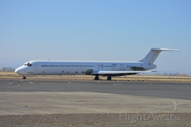 McDonnell Douglas MD-83 (N950NS) - Parked on the ramp at Madras as a source of spare parts for Erickson Aero Tanker's fleet of MD-87 airtankers. Formerly with Ryan International Airlines doing charters for the United States Department of Justice. First delivered to Alaska Airlines as N950AS in 1991.