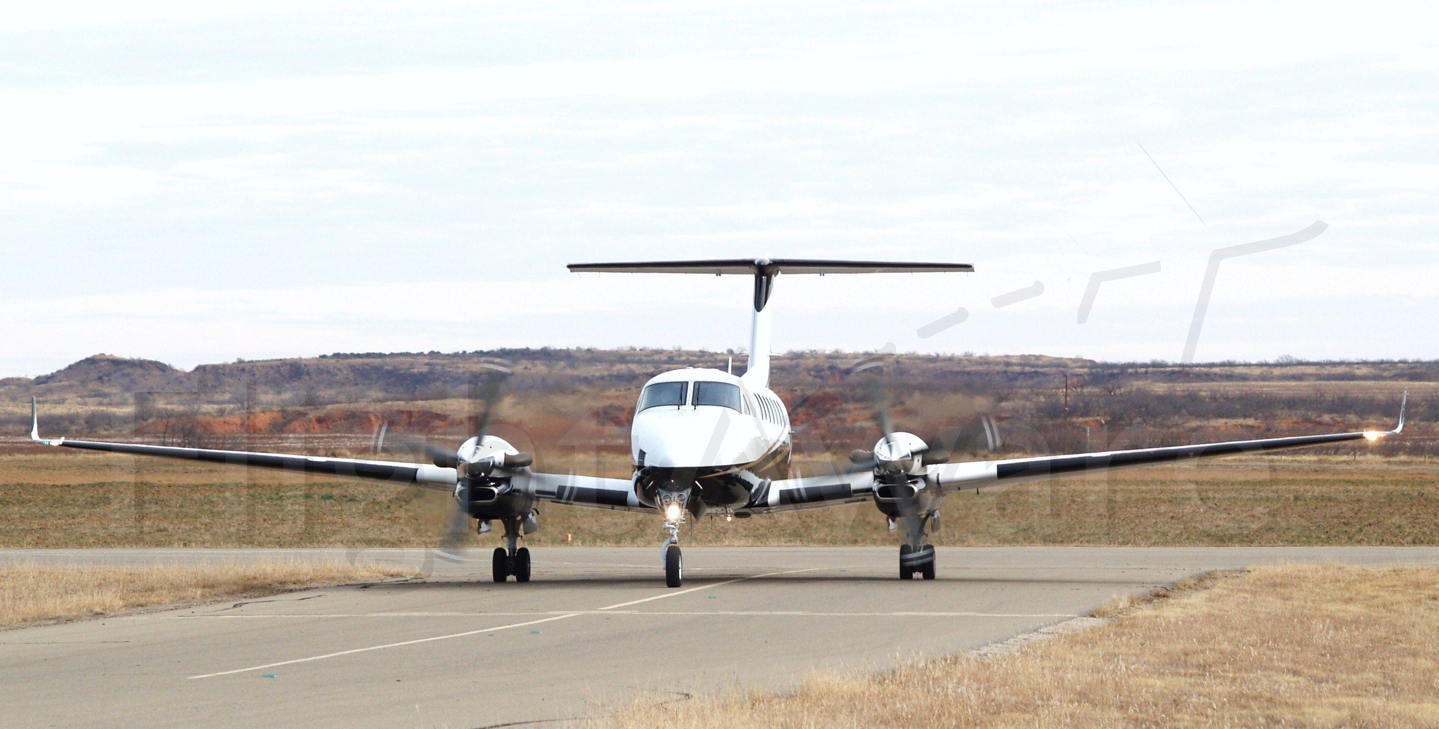 Beechcraft Super King Air 300 (N177GA)