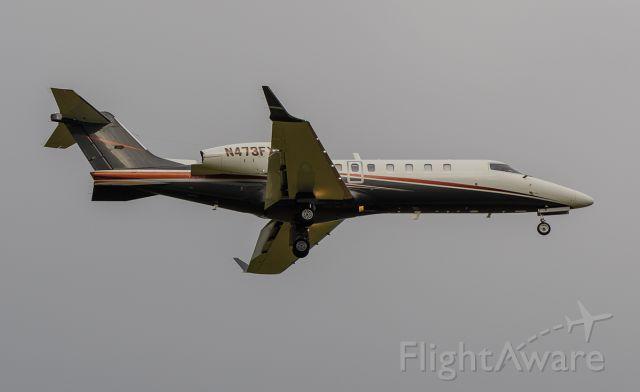 Bombardier Learjet 75 (N473FX) - Arriving rwy 2L @KDPA.