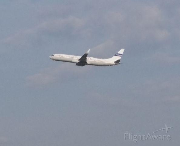 Boeing 737-800 (N75436)
