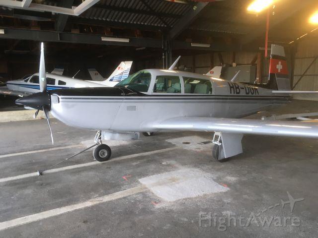 Mooney M-20 Turbo (HB-DGR)