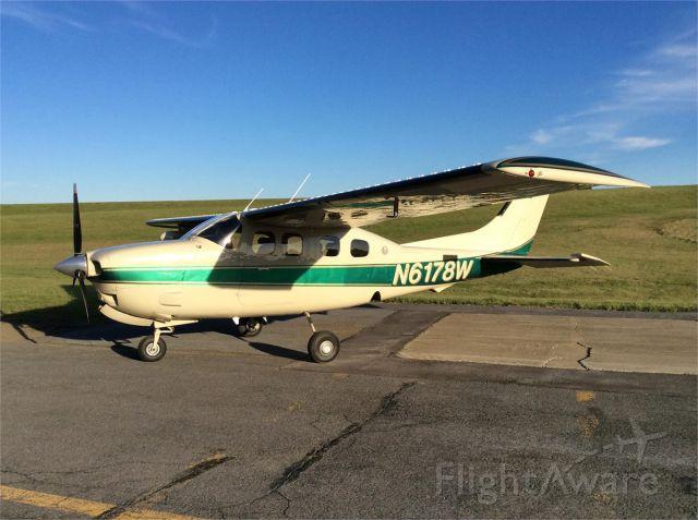 Cessna P210 Pressurized Centurion (N6178W)