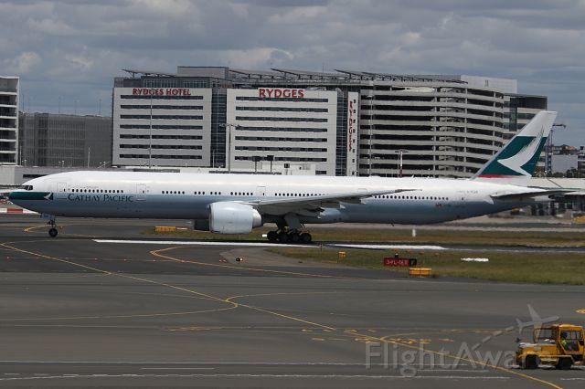 BOEING 777-300ER (B-KQR) - on 26 November 2018