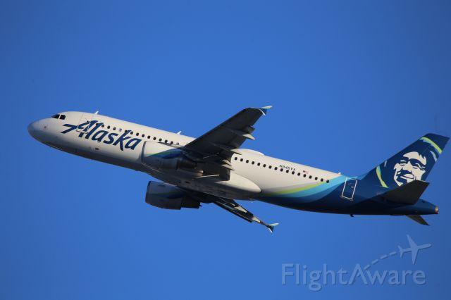 Airbus A320 (N846VA)